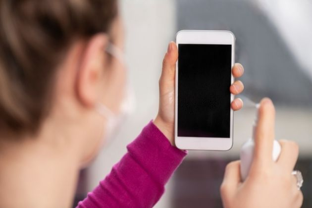 Clean Your Phone - Skin Needs to Maintain Normal Balance